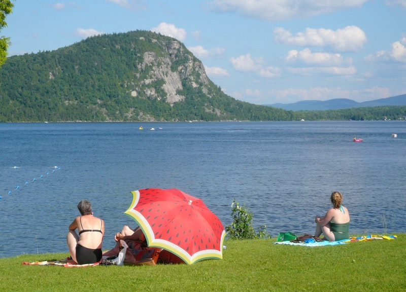 Mont-Pinacle, plage Lac Lyster : Luce Bessette